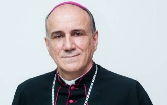 Dinheiro dos dízimos teria sido utilizado em proveito próprio pelo bispo dom José Ronaldo