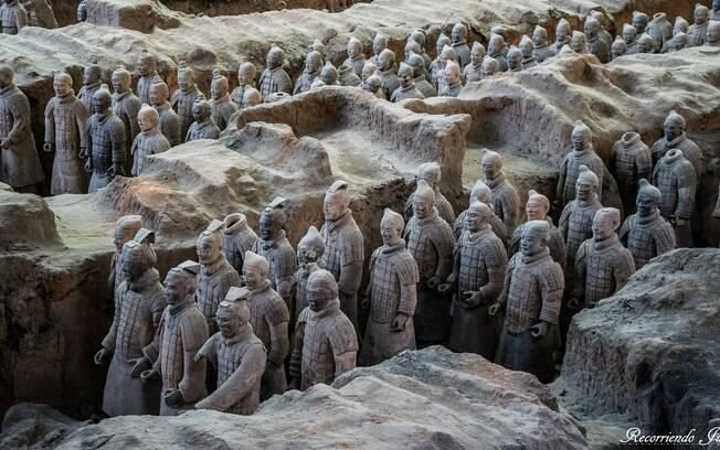 São milhares os Guerreiros de Terracota, os quais são outra opção de o que fazer na China além da Grande Muralha