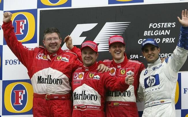 Em 2002, o piloto venceu seu quinto titulo e igualou Juan Manuel Fangio . Foto: Getty Images