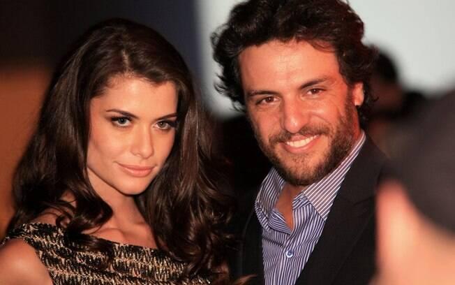 Alinne Moraes e Rodrigo Lombardi, eleitos os mais sexys pela Istoé Gente