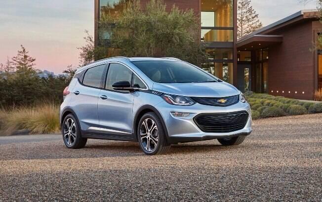 Mistura de subcompacto com minivan, o Chevrolet Bolt será vendido nos EUA por US$ 37 mil, chegando a US$ 30 mil com os incentivos do governo.