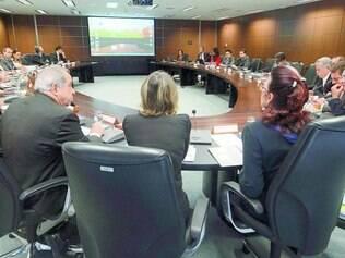Reunião. A equipe de transição se reuniu na última quinta-feira, quando os dados do governo de janeiro a outubro foram mostrados