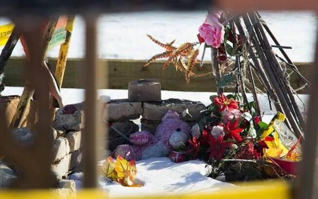 Homenagem a uma das garotas mortas