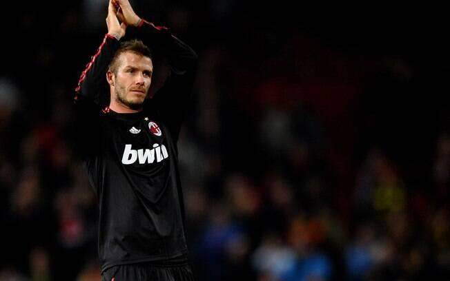 Durante contrato com time dos EUA, Beckham  foi emprestado do Milan de outubro de 2008 a julho  de 2009