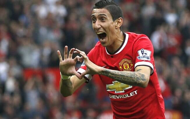 Di María, meia do Manchester United, que está se transferindo para o Paris Saint-Germain