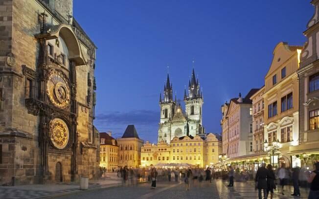 Em 2011, 7 milhões de turistas visitaram Praga