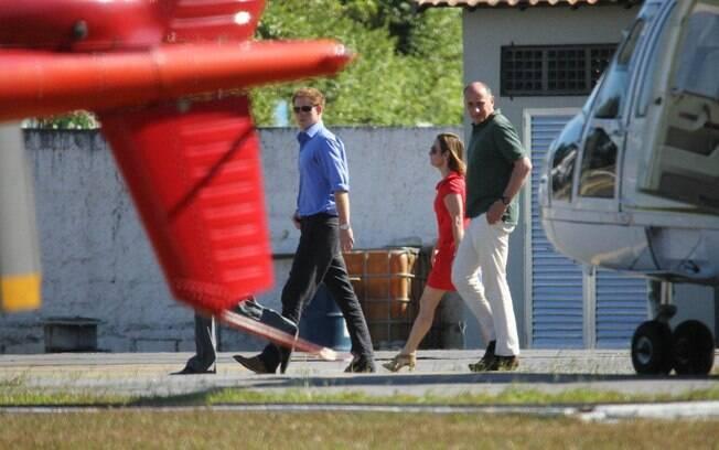 Príncipe Harry e sua comitiva no heliponto da Lagoa, no Rio