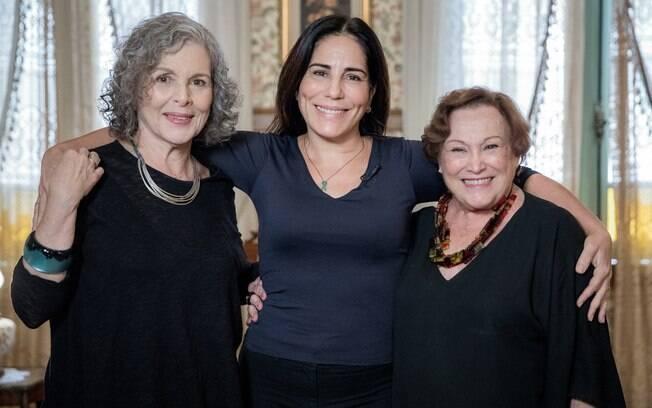 Irene Ravache, Nicette Bruno, Gloria Pires e Poliana Abritta, na casa da Lola (Gloria Pires), de 'Éramos Seis', novela das seis que estreia na próxima segunda-feira (30)