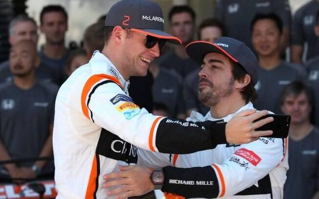 Stoffel Vandoorne e Fernando Alonso correram juntos pela McLaren