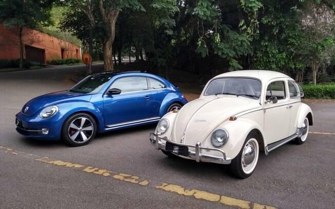 VW Fusca TSI moderno ao lado do clássico de 1970. Duas gerações distintas, mas ambas contam com legiões de fãs