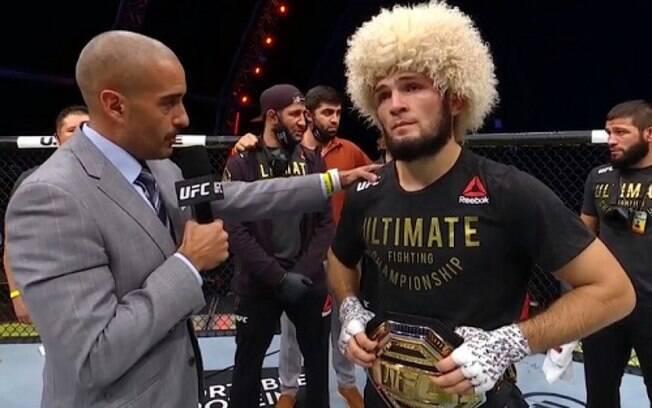 Khabib anunciou sua aposentadoria do MMA