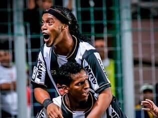 Jô e Ronaldinho Gaúcho foram alguns dos pilares para a conquista da Copa Libertadores 2013