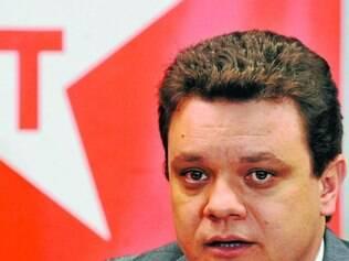Tabuleiro. Odair Cunha  negocia espaços com os partidos que apoiaram e não apoiaram Pimentel