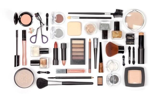 A Sephora está com muitos descontos para quem quer comprar maquiagem
