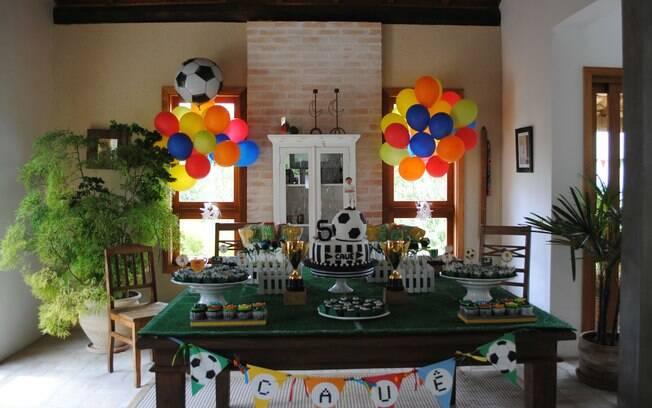 Inspire se com 100 mesas decoradas de aniversário infantil Filhos iG # Decoração De Mesa De Aniversario Para Homens