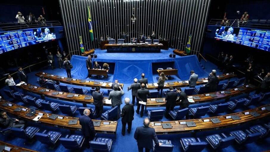 Senado adiou a votação da lei