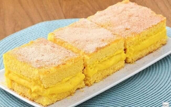 5 receitas diferentes de bolo de fubá para fugir do tradicional