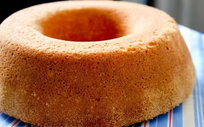 O bolo simples é ótimo para o café