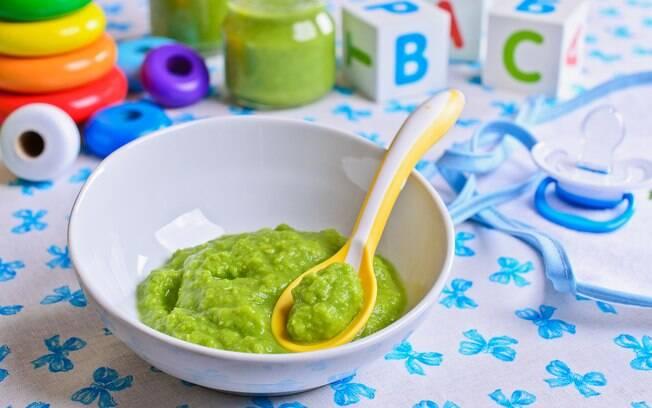 Dietas mais famosas no Google: até comer apenas papinha de bebê é uma ideia que tem sido difundida por aí