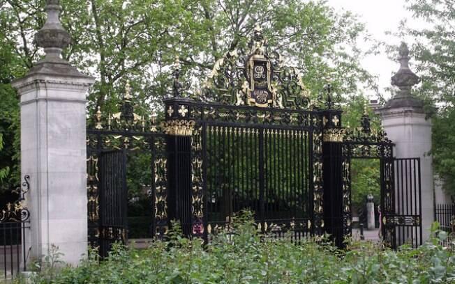 Um dos portões do Regent Park, em Londres