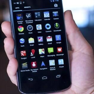 Nexus 4 será anunciado oficialmente no Brasil nesta quarta-feira
