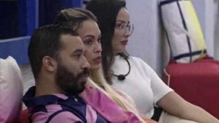 Gil, Juliette e Sarah formaram uma aliança desde as primeiras semanas