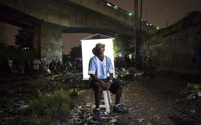Sancler Rodrigues, de 32 anos: quis pegar camisa de amigo para sair bem na foto