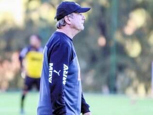 Problemas. Como se não bastasse a queda técnica da equipe do Atlético, desfalques aumentam as dificuldades do novo treinador