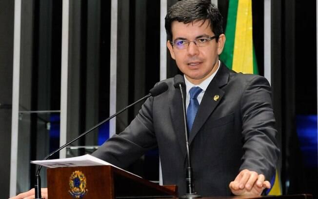 Primeiros políticos brasileiros a se manifestarem nas redes comemoram vitória de Biden