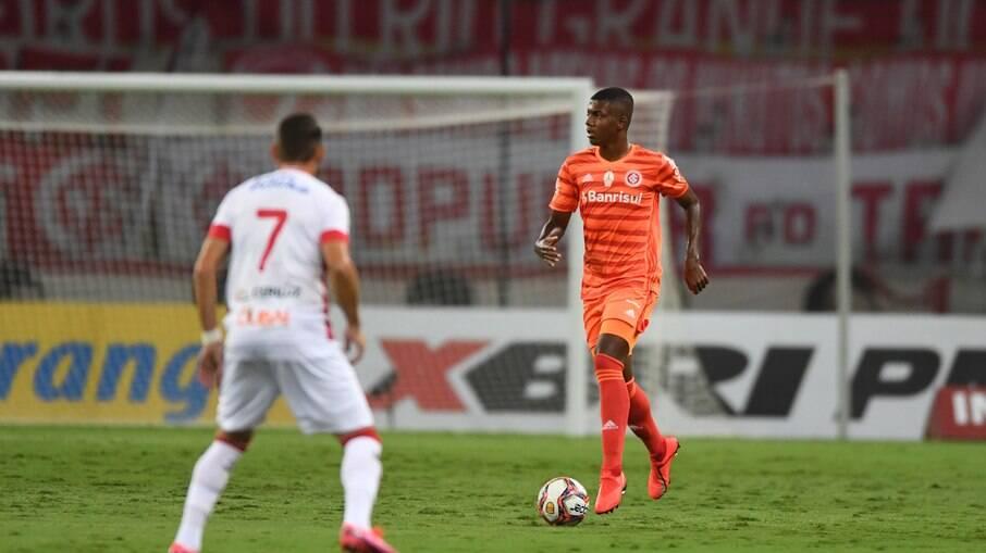 Time também conquistou a primeira vitória no Estádio Beira-Rio