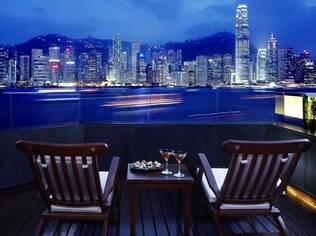 Vista de Victoria Harbour e da Ilha de Hong Kong