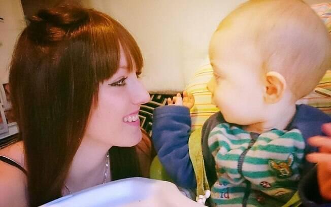 Os britãnicos Sarah e Teddy: ligação entre a mãe e o filho só ficou mais forte após o diagnóstico de câncer de mama