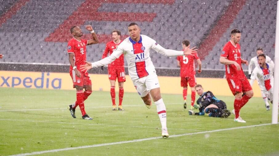 Mbappé faz dois em vitória do PSG sobre o Bayern