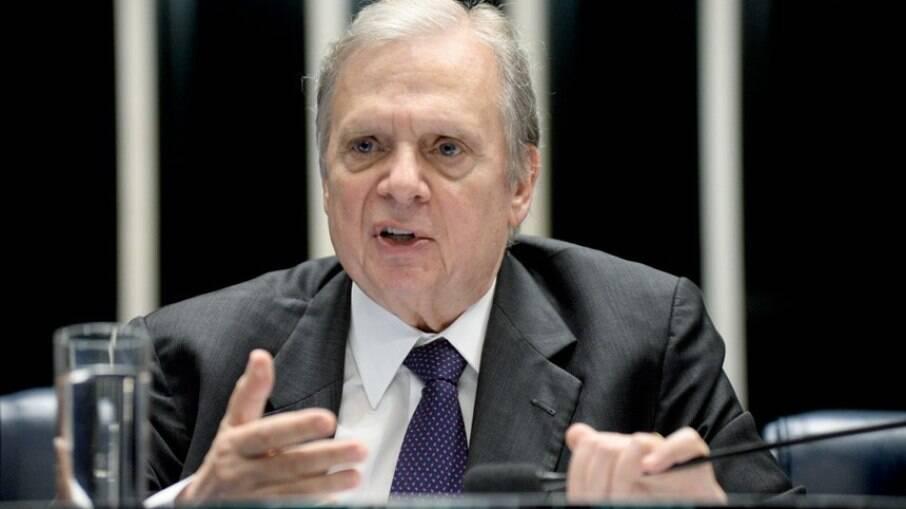Tasso Jereissati (PSDB) diz que intervenção de Bolsonaro fere Lei das Estatais