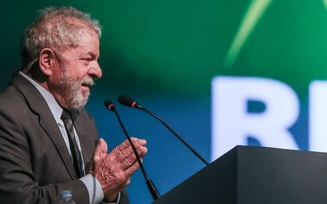Produção de filme sobre a Lava Jato teve acesso a filmagens ilegais capturadas durante condução coercitiva de Lula