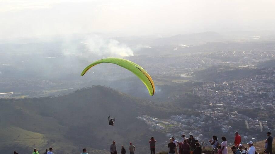 O topo da Pedra Grande está a 1.450 metros de altitude
