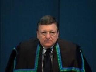 Durão Barroso acredita que ainda há tempo para encontrar uma solução  política