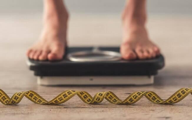 Balança pode ajudar a se manter firme e forte na dieta