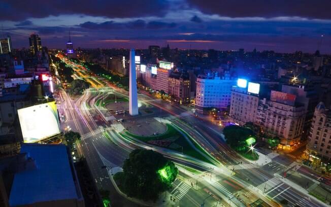 Pontos turísticos em alta: Buenos Aires tem opções tanto para quem quer curtir a noite como para quem quer sair de dia
