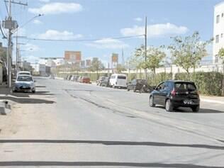 Na avenida Tapajós, no bairro São Caetano, motoristas são pegos de surpresa por lombada sem pintura ou placa indicativa