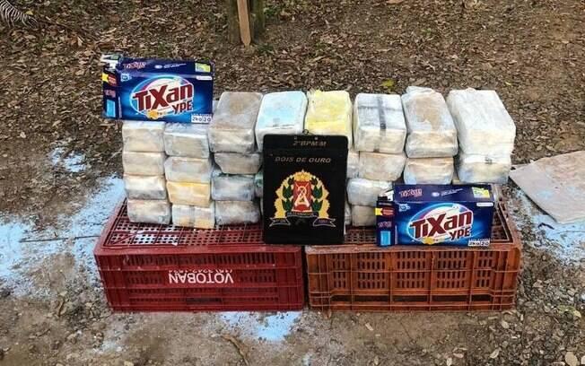 Ao todo, foram encontrados 80kg da droga nas caixas de sabão em pó vendidas pelo supermercado