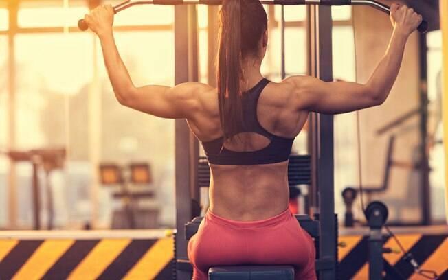 Apesar de a força ser o princípio básico para evitar lesões, Samorai diz que a força da musculação não é recomendada