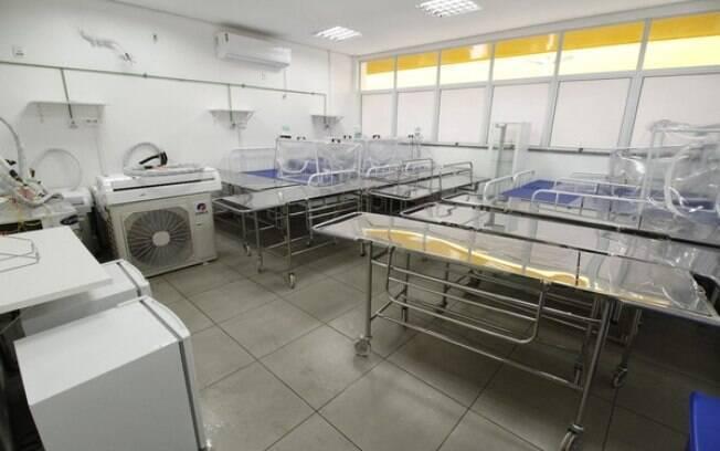 Manaus zera número de pacientes e fecha hospital de campanha