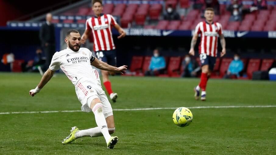 Benzema marcou o gol de empate do Real Madrid contra o rival Atlético