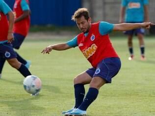 Everton Ribeiro é um dos grandes nomes da Raposa na atual edição do Campeonato Brasileiro