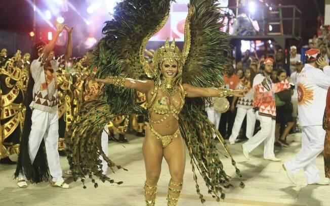 Dentre as musas do carnaval de 2018, os leitores escolheram Viviane Araújo para assumir o pódio