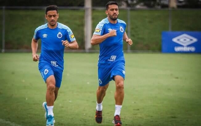 Robinho e Edílson eram remanescentes do rebaixamento do Cruzeiro em 2019