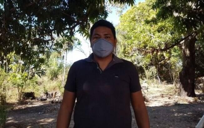 Representante do povo bororo, Kleiton Rodrigues acredita ter contraído a covid-19, após a esposa e os filhos testarem positivo para a doença