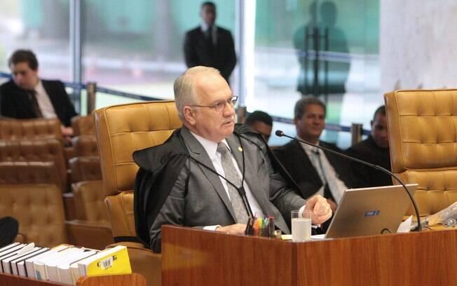 Relator da Operação Lava Jato no STF, ministro Edson Fachin arquivou os inquéritos contra os parlamentares