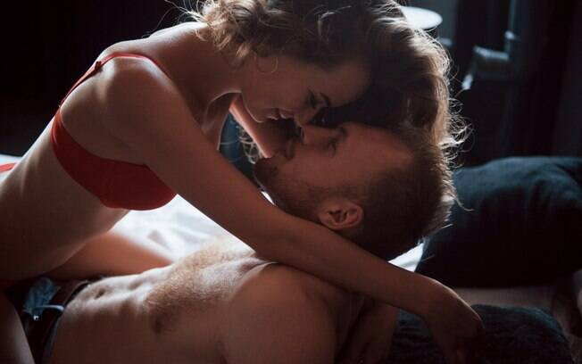 Para quem já é experiente no sexo, há uma infinidade de posições na cama para quem quer inovar no sexo com o parceiro